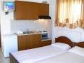 vila-aleksandra-nea-vrasna-letovanje-apartmani-hoteli-nea-vrasna (4)