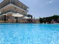 Vila Alexander Inn Stavros Apartmani sa bazenom (7)