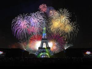 pariz-docek-nove-godine-2018-nova-godina-pariz