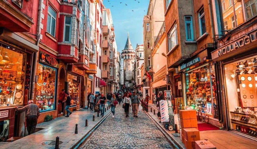 Istanbul putovanja, Putovanje u Istanbul